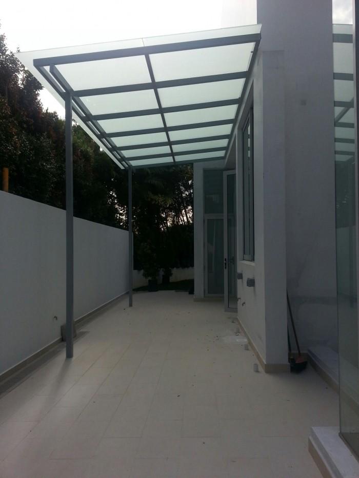 Glass Shelter